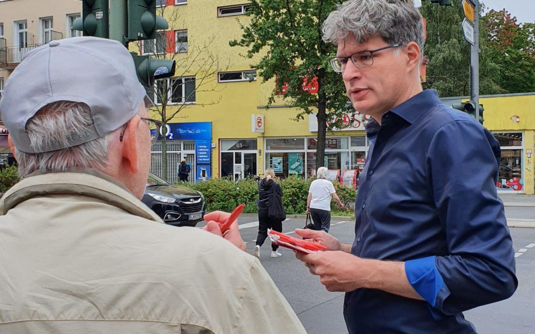Info-stand u Turmstr./Beusselstr.